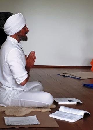 bewusst-reisen_Sat-Ravi_Singh