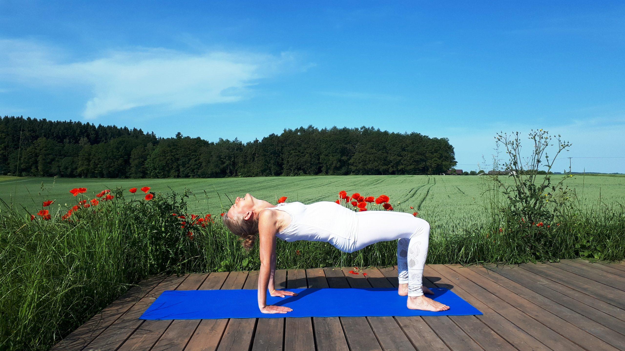 Kundalini-Yoga-Menstruationsschmerzen-Yoga