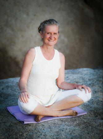 Jana Nirvair Akaal - Yogalehrerin